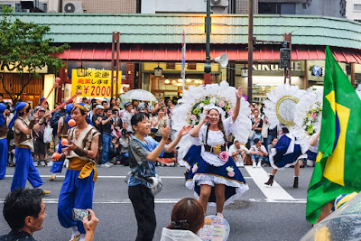 Jugglers and baianas at the 2016 Asakusa Samba Festival, Tokyo, Japan.