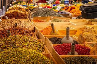 george-town-markets-and-bazaars,chennai bazaar