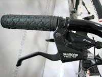 A 26 Inch Racello MT2400V HardTail Mountain Bike