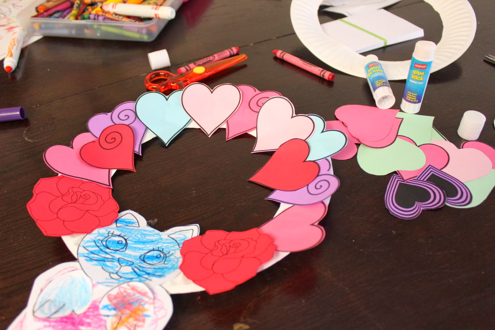 Valentine S Day Wreath Craft For Toddlers Amp Preschoolers