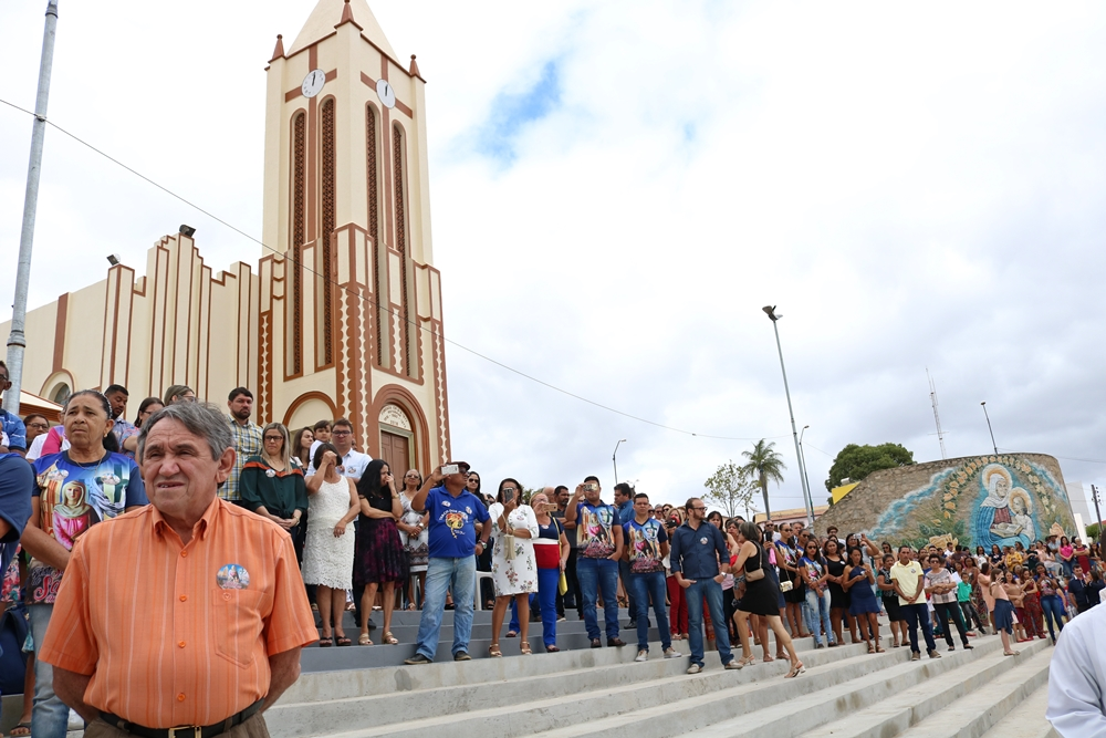 2675c0ca9e471 A cidade de Parnamirim no sertão central vivenciou nesse mês de Julho mais  uma vez a festa de Sant Ana sua ilustre padroeira, e na ultima quinta feira  (26), ...