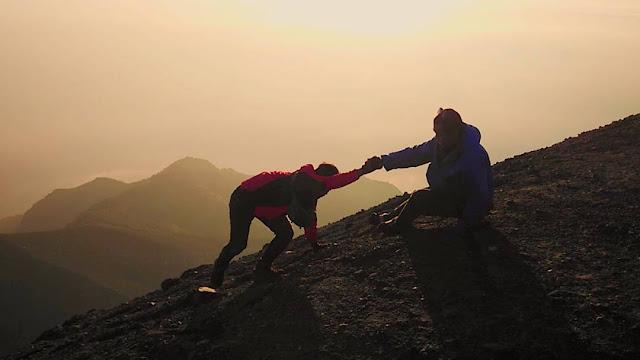 foto pendakian gunung merapi