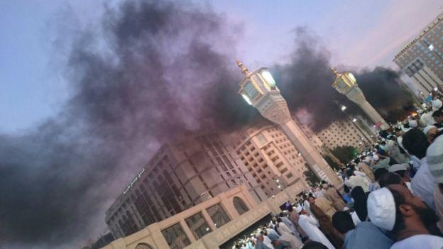 Arab Saudi: Bom menargetkan Medina dan Masjid Qatif