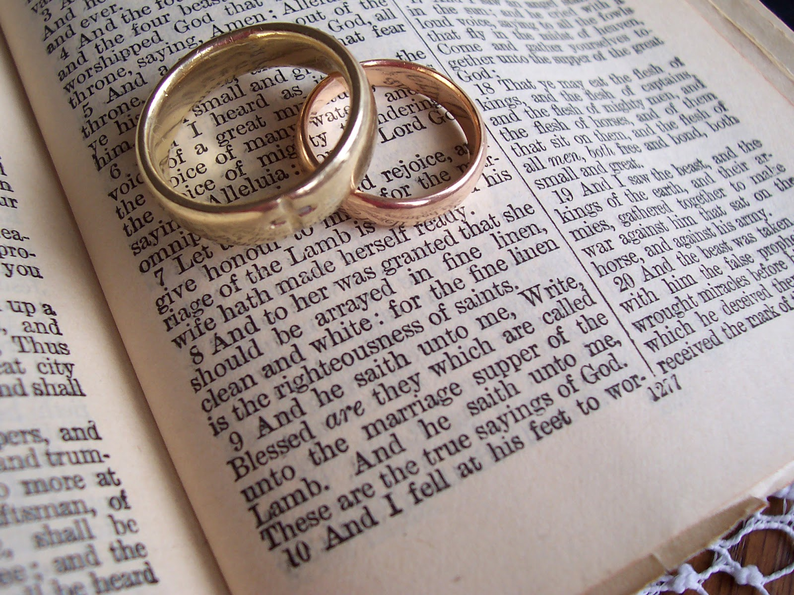Rito Del Matrimonio Catolico Fuera De La Misa : Quién dijo boda católica con o sin misa