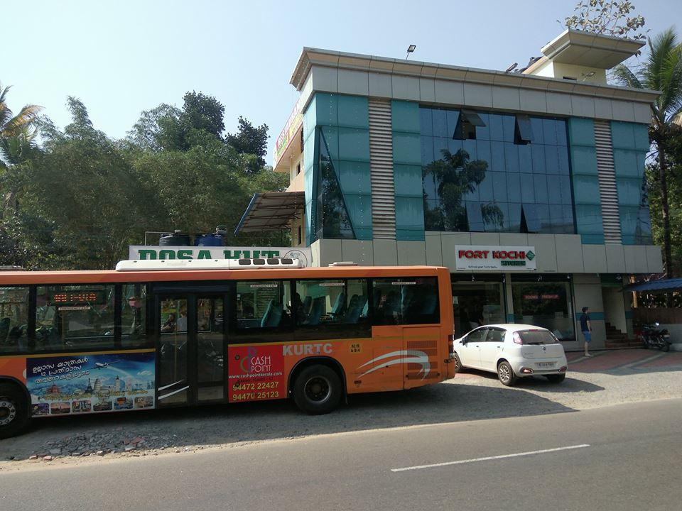 New Ac Volvo Fort Kochi To Munnar Low Floor Bus Service