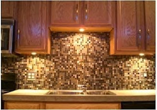Kitchen with nice backsplash.