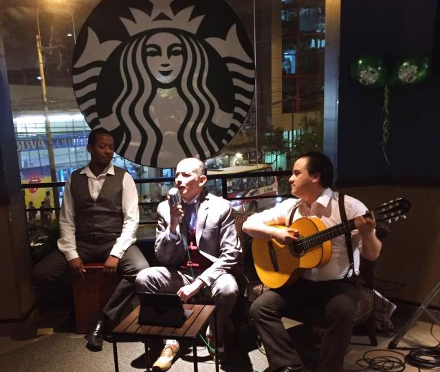 Starbucks Perú Los Juanelos #SonCriollazos #LosJuanelos