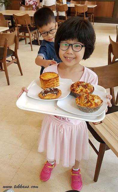 Levain Boulangerie Bread & Pastry Menu