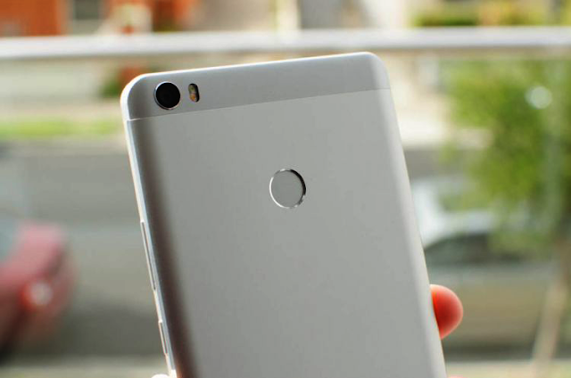 Đánh giá điện thoại Xiaomi Mi Max (4)