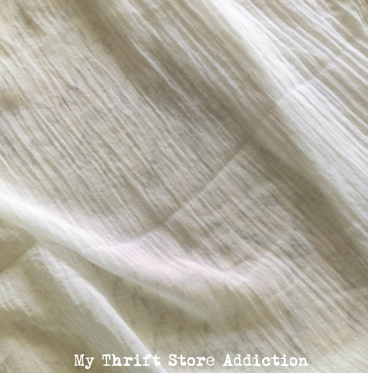 DIY ruffled linen gauze summer throw