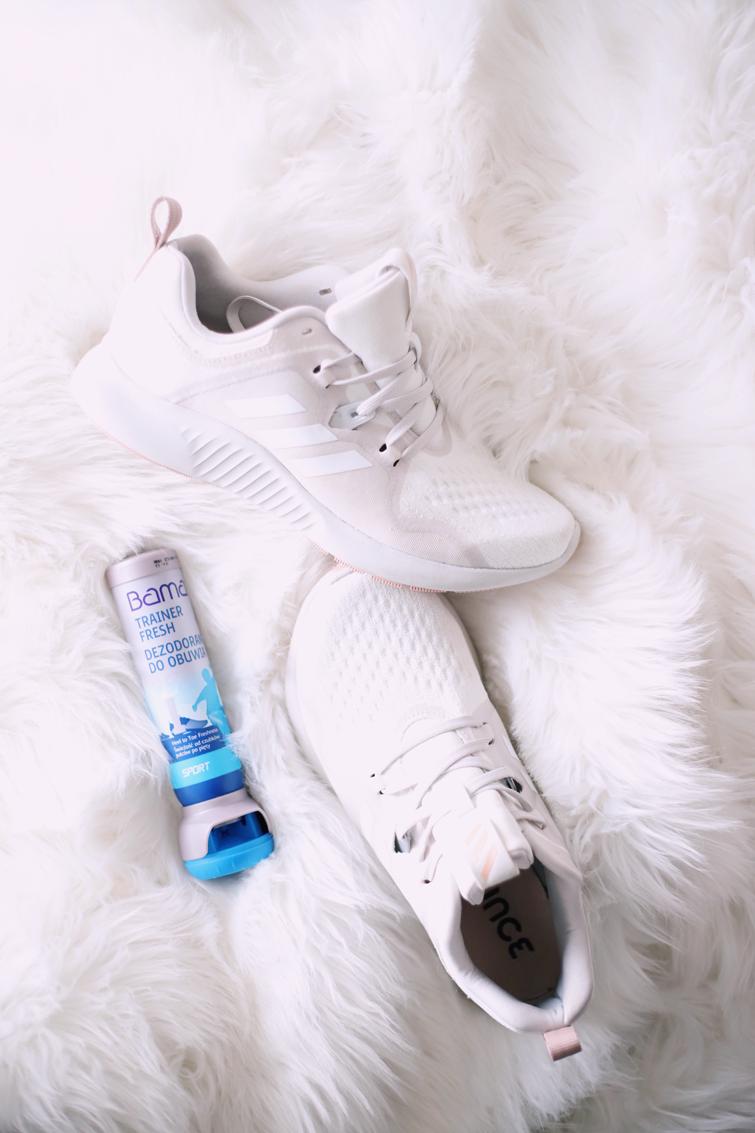 26c4112decaf14 Pranie butów po każdym treningu to nie jest najlepszy pomysł, ale nie  zaszkodzi je troszkę odświeżyć za pomocą dezodorantu do obuwia. Jakiś czas  temu przy ...