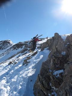 Mal sehen, wie gut meine Trittsicherheit in Skischuhen ist