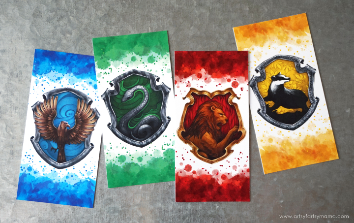 Free Printable Harry Potter Hogwarts House Bookmarks to save your spot with your favorite Hogwarts House!