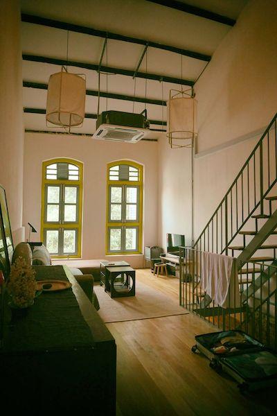 ショップハウスは天井も高いし、とにかくとてつもなく広い