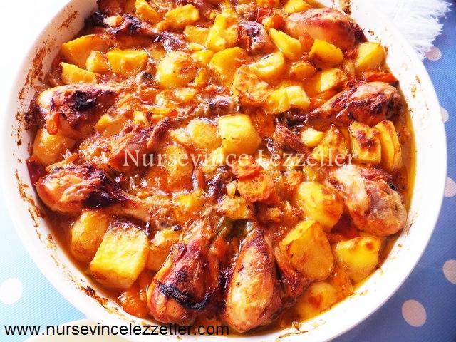 Patatesli fırında lezzetli tavuk budu nasıl pişirilir