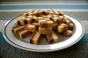 Cara Membuat Resep Kue Lapis Surabaya Yang Lembut