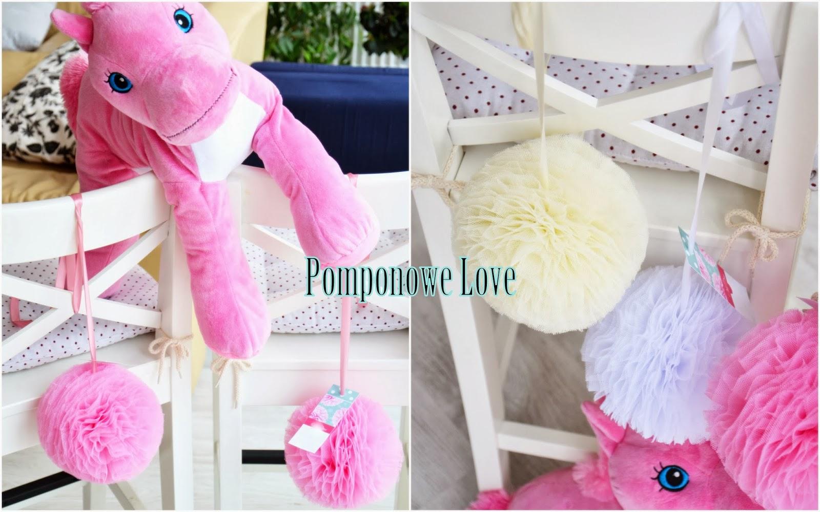 Dekokracja: Pompony tiulowe - dekoracja pokoju dziecka, prezent dla dziecka na urodziny, sesje ...