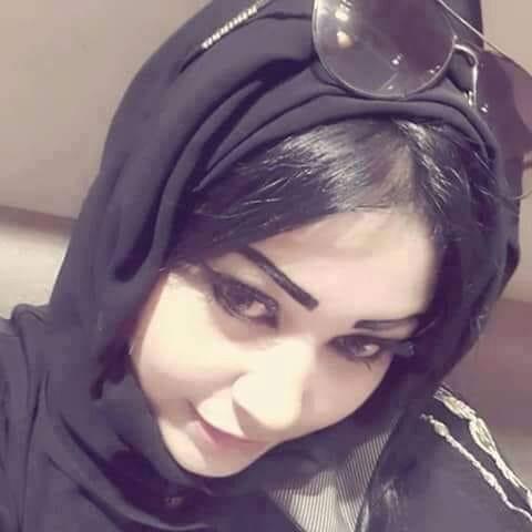 مقيمة فى السعودية مطلقة ثلاثينية ابحث عن رجل يصوني ويحافظ علي