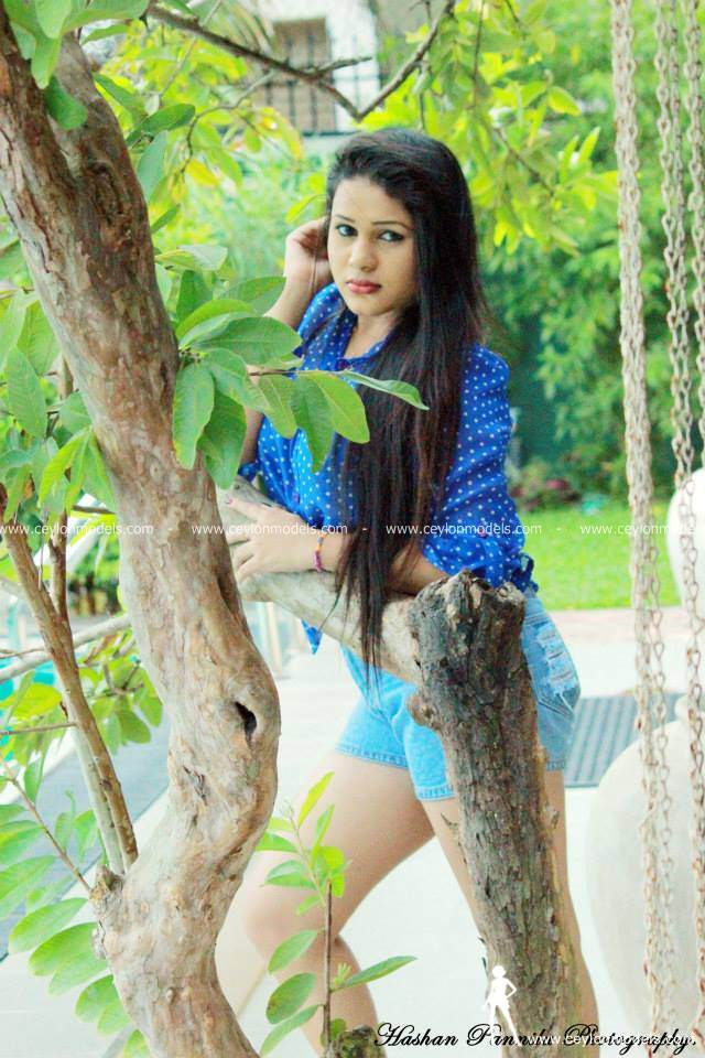 Shani Perera blue skirt 2