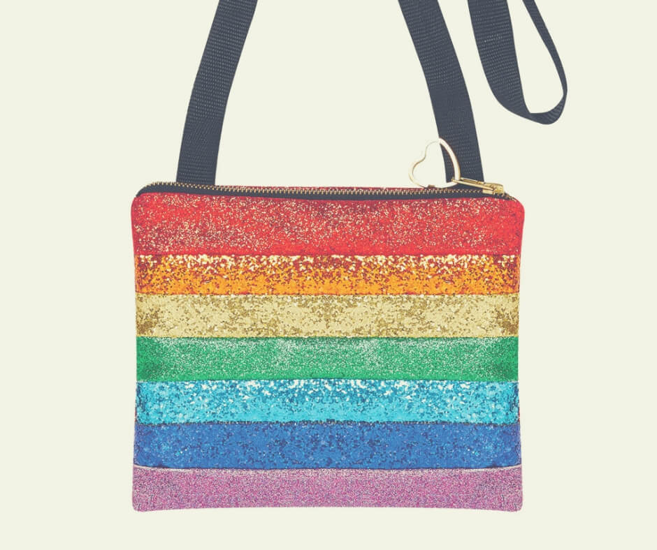 Christmas Gift Ideas For Your Mum and Dad | Add a little sparkle to your mum's life with this beautiful rainbow glitter bag.