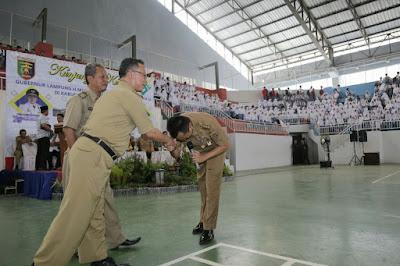 Pertemuan Gubernur Ridho dengan Guru SMA-nya Mengundang Rasa Haru dan Bangga