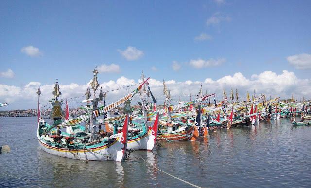 Banyuwangi fish market festival 2016.
