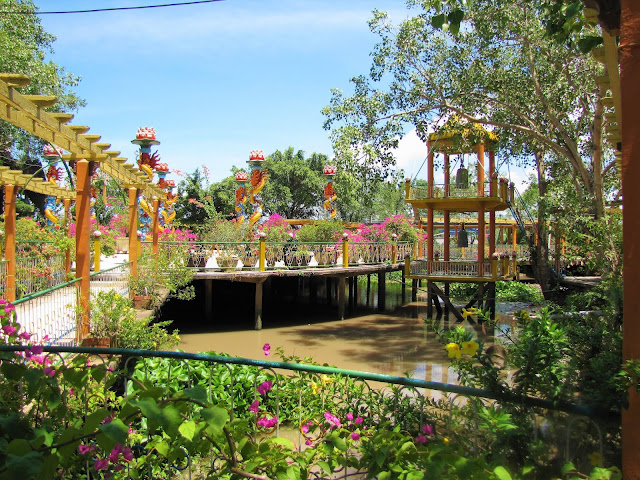 con phung mekong delta vietnam