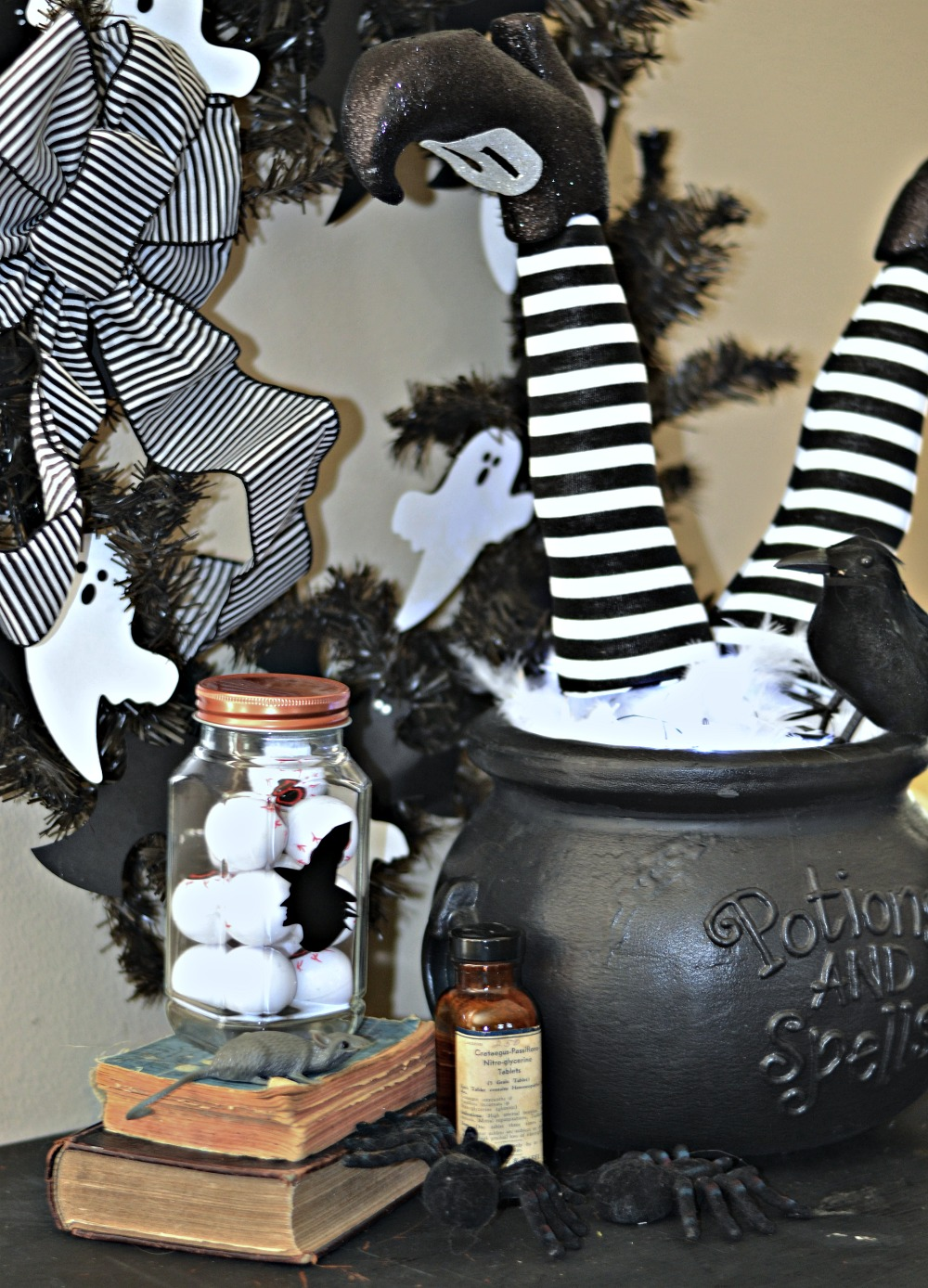 easy diy witch feet in cauldron halloween decoration rachel teodoro. Black Bedroom Furniture Sets. Home Design Ideas