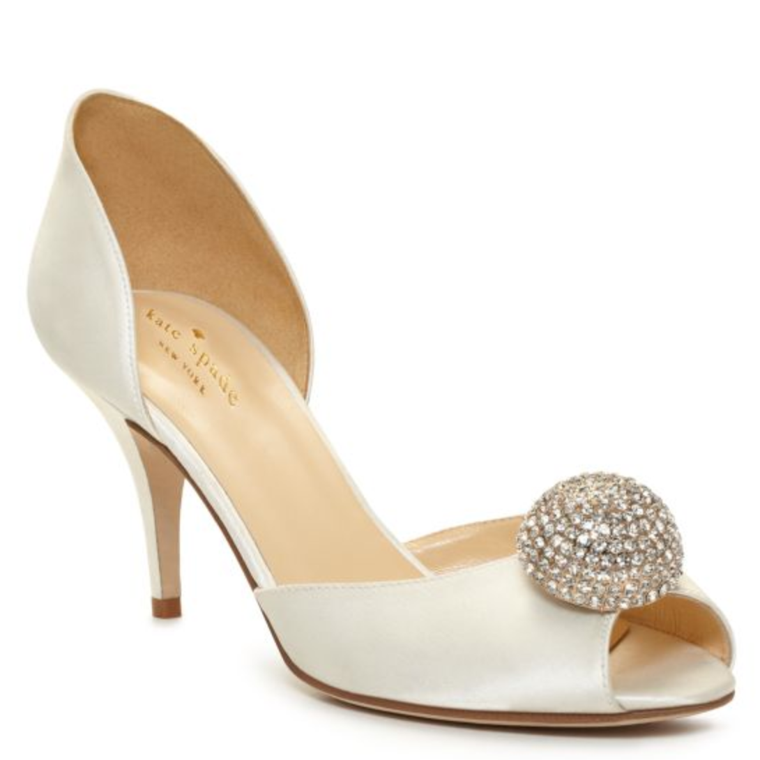 f4112d13cb9e One of the fun parts of wedding planning is the dress and shoe shopping! I  found my dress last week and now I m beginning to look at shoes.