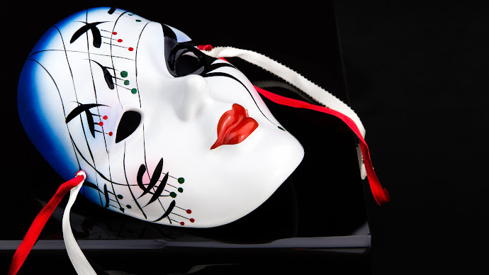 Wallpaper: Face. Hide. ID. Mask