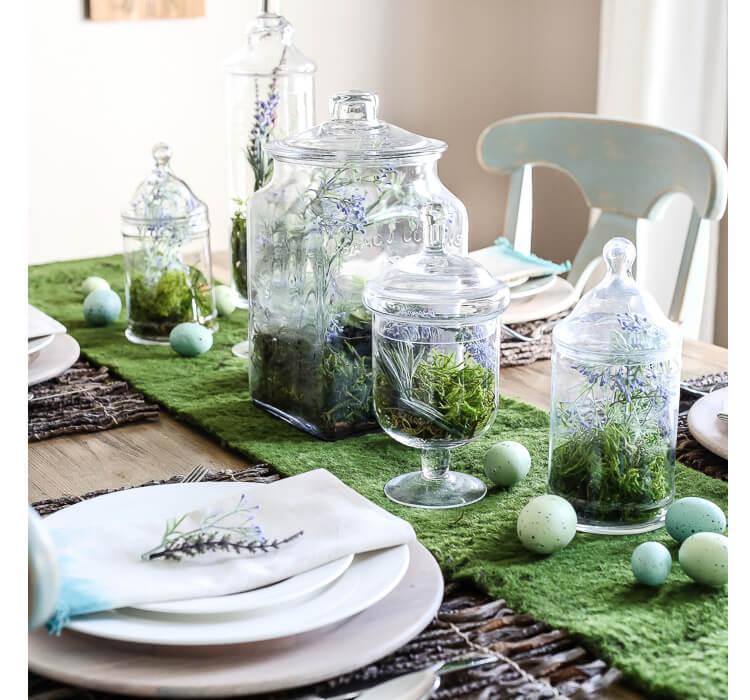 Come creare un bosco con muschio, legni e terrari per decorare la tavola di Pasqua
