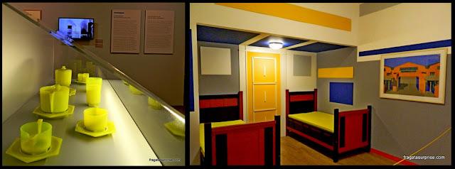 Conjunto de chá e dormitório à moda De Stijl