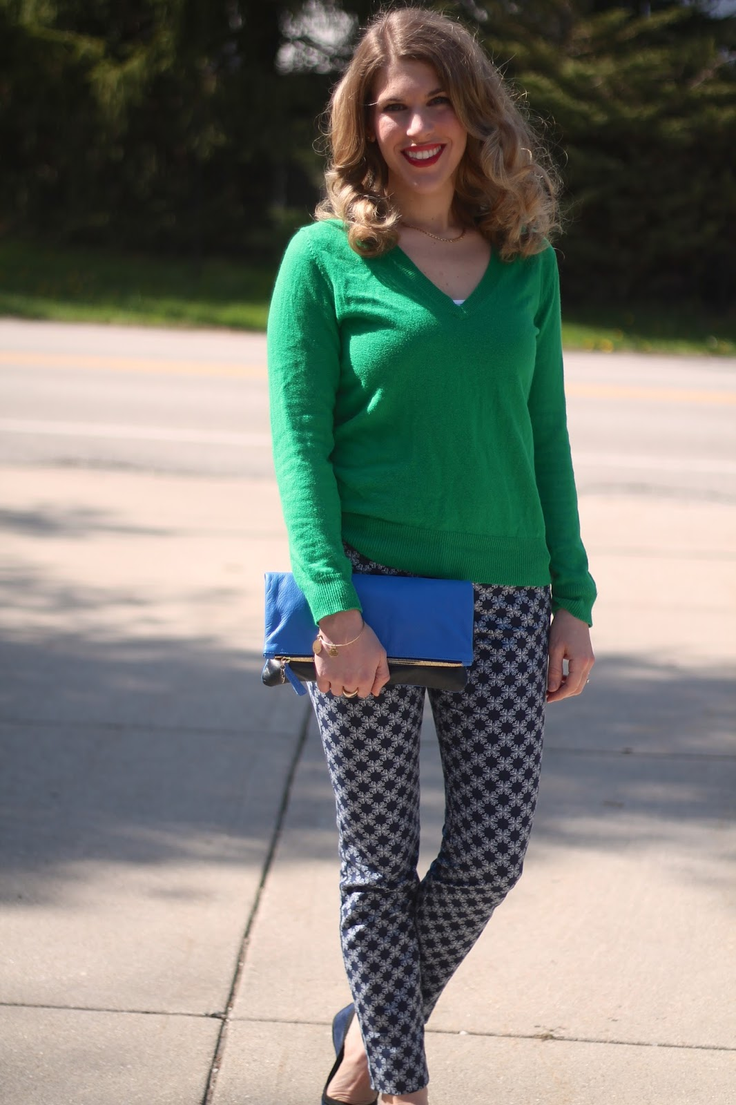 2e62035c15 Work Outfit with Printed Pants. blue printed pants