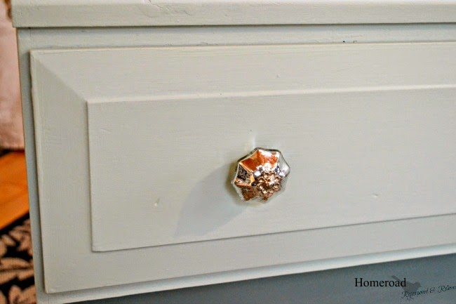 An Ugly Duckling Dresser Makeover