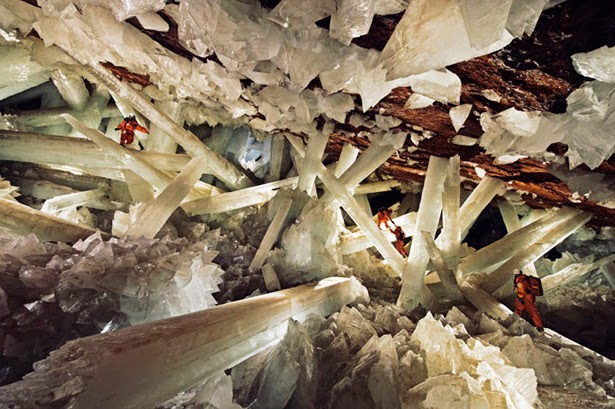 Cave of Crystals – Chihuahua, Mexico - 6 Caves That Are Pure Magic