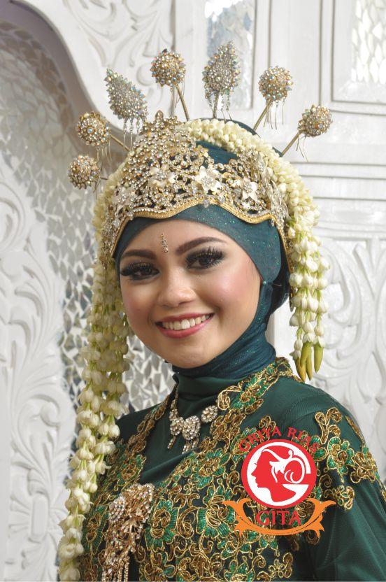 Rias Pengantin Sunda Siger Di Jakarta