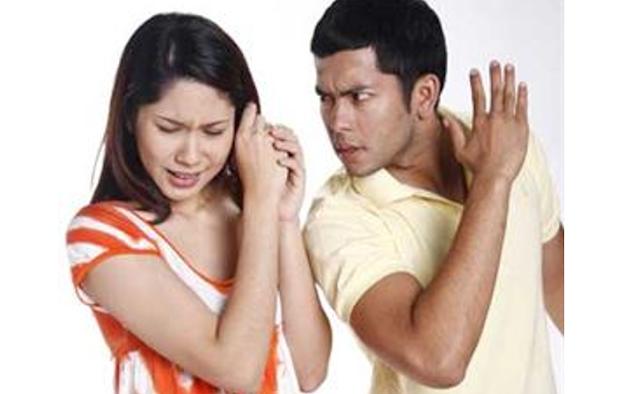 Jangan Sekali-kali Sakiti Hati Istrimu Wahai Para Suami, Jika Tidak Ingin Rezeki HALALmu Akan Susah! ayo di share. agar semua tau.!!!