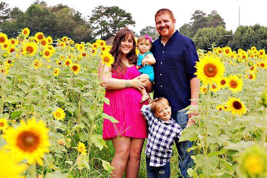 The Anderson's Sunflowers 2017 Mini Session Favorites | Cumming, Georgia