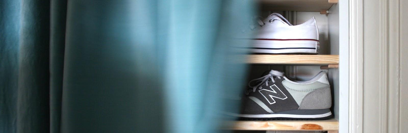 ein neuer designklassiker im flur und ein regal ohne schrauben mintundmeer. Black Bedroom Furniture Sets. Home Design Ideas