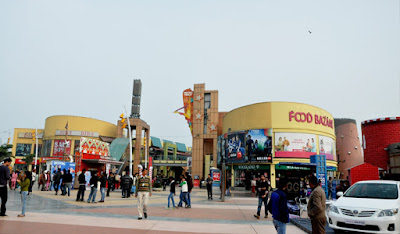 Metro Walk Mall and Adventure Island