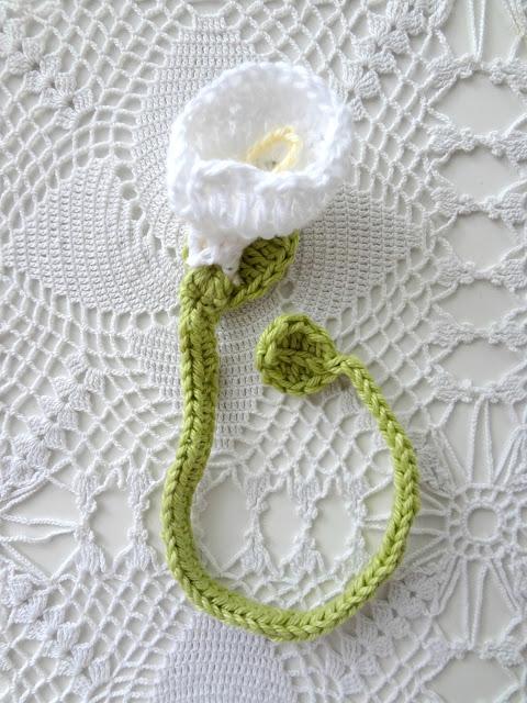 Little Treasures Diy Crochet Flower Bookmarks