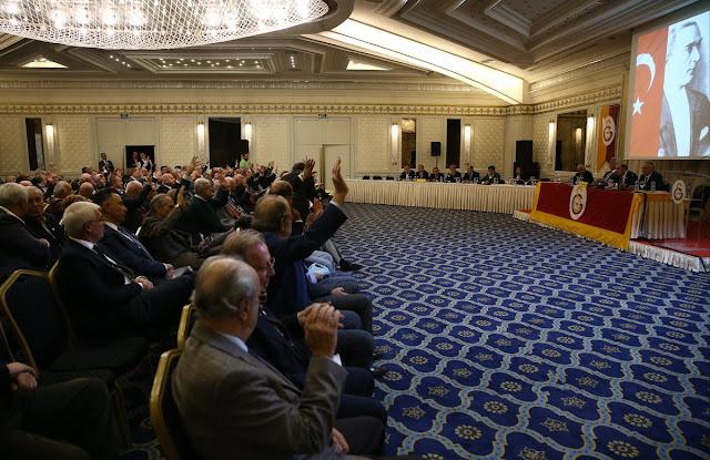 Dursun Özbek: Bizim olmazsa olmazımız kulübü kara geçirmek.