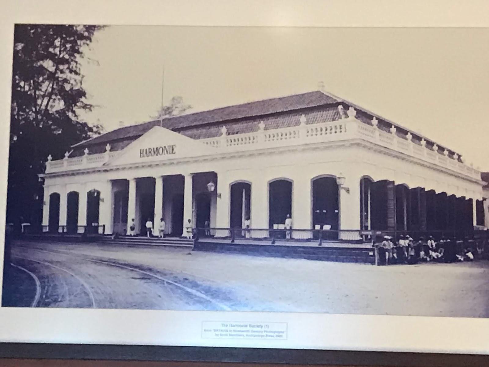 Hotel Tertua Di Jakarta Pusat Hotel Sriwijaya Jl Veteran No 1