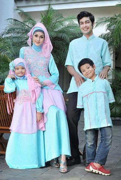 15 Contoh Model Baju Muslim Sarimbit Keluarga Terbaru