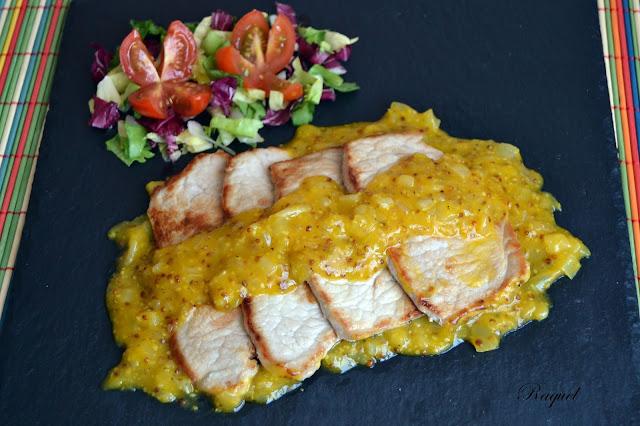 Lomo De Cerdo En Salsa De Mandarina Y Mostaza A La Antigua