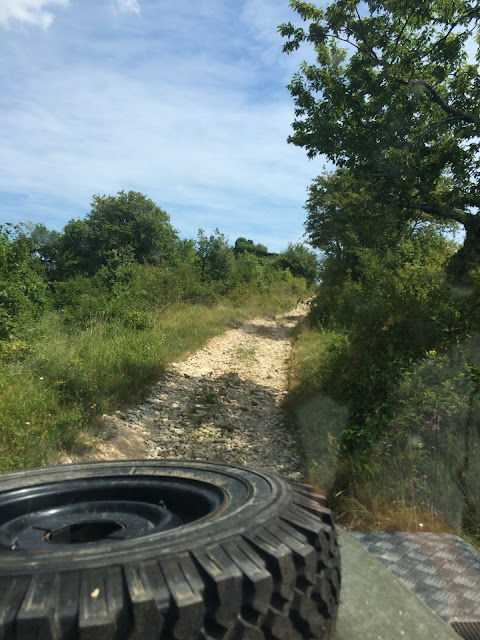 istria-croatia-off-road-driving-jeep