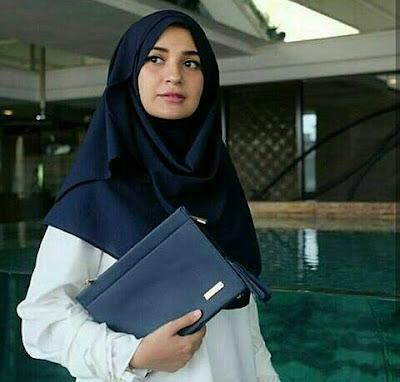 Shireen Sungkar JH Coco Clutch Bag