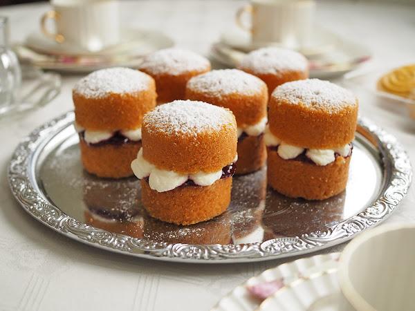 Victoria Sponge Cake -leivokset