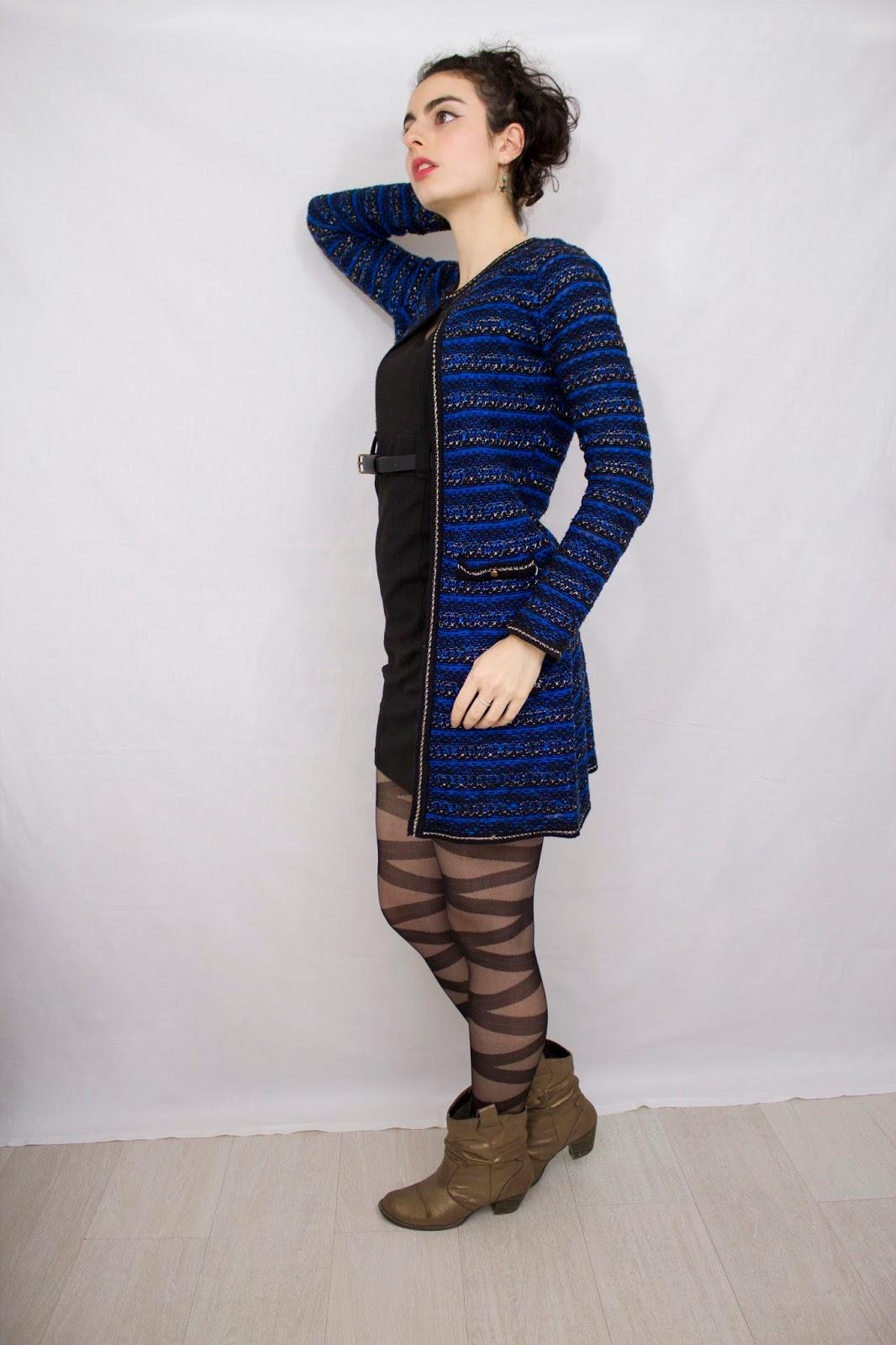 robe noire gilet bleu bottines dorées