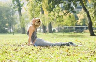 Imagen de 5 Estiramiento sencillos para Fortalecer la Espalda y/o reducir el dolor 22